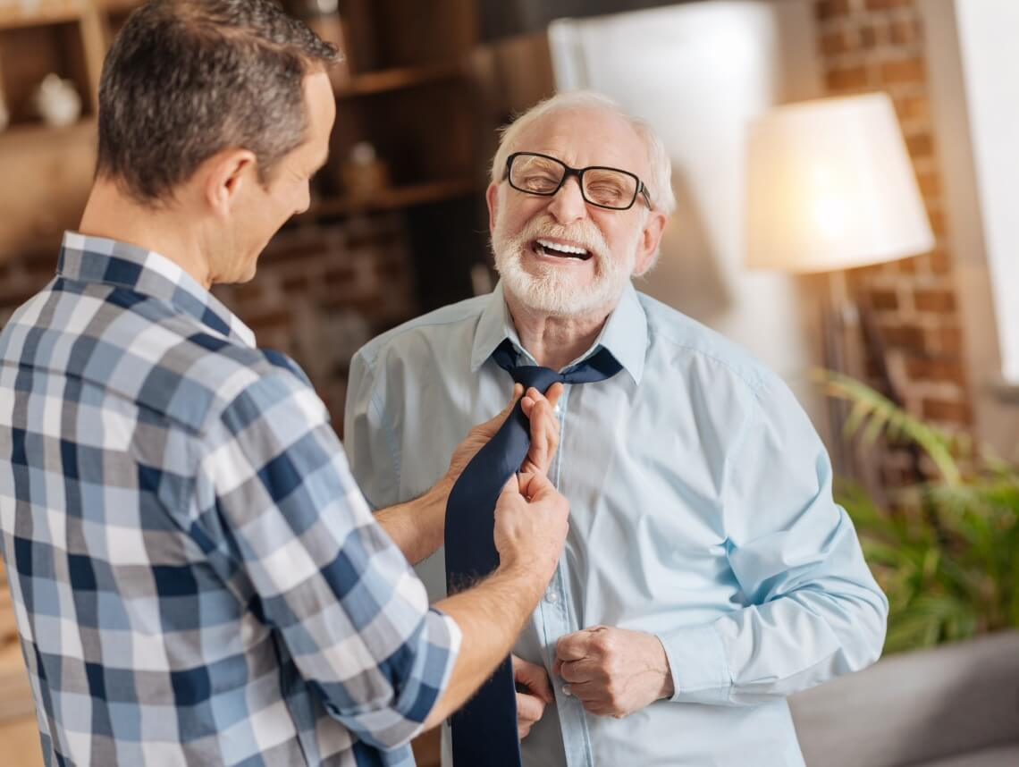 Signs Aging Parents Need Help
